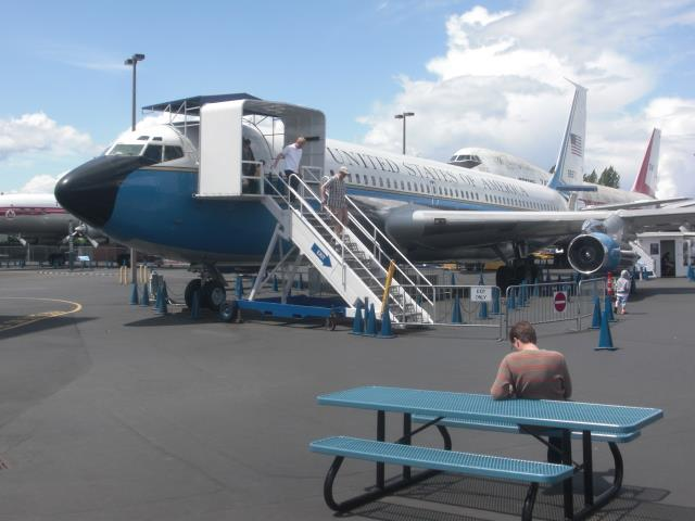 ENCYCLOPEDIA: AIR FORCE ONE