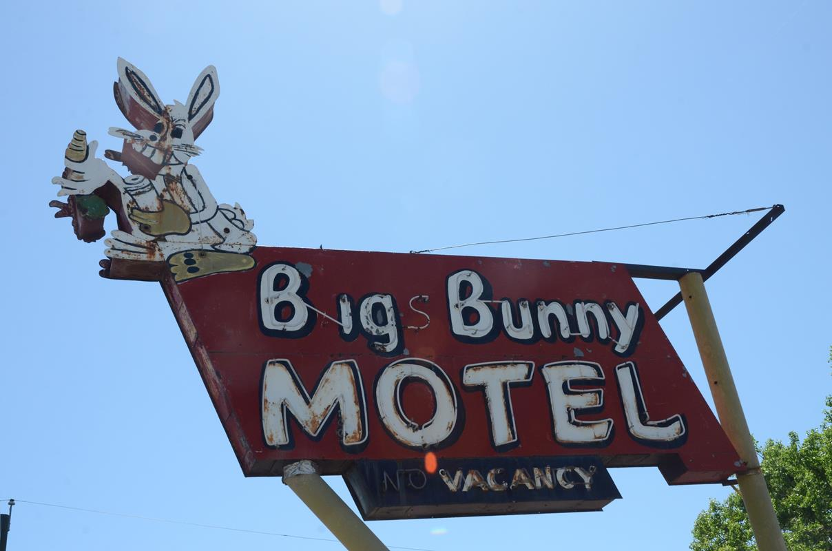 blue sky motel lakewood co