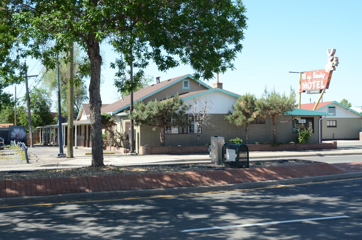 Big Bunny Motel Lakewood Co